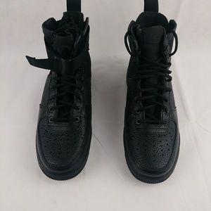 Nike New SF AF1 Air Force 1 Mid All Black 917753
